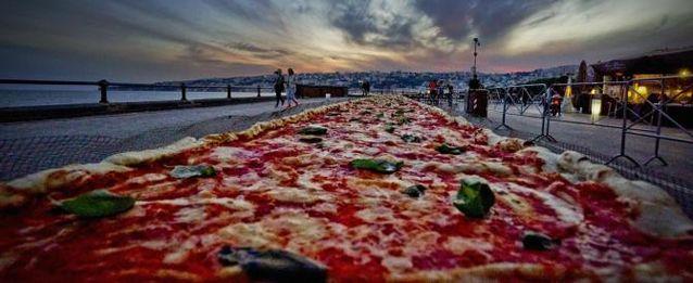 Pizza da 2 chilometri, a Napoli si lavora per il Guinness