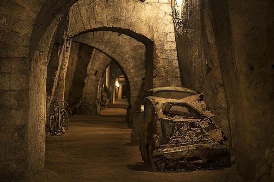 il-tunnel-borbonico-the
